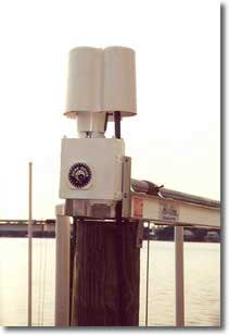image of a boat lift device